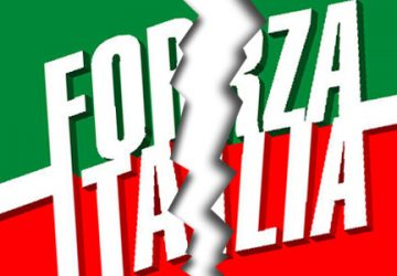 Riposto, fuga da Forza Italia: lascia anche il vice sindaco Rosario Caltabiano