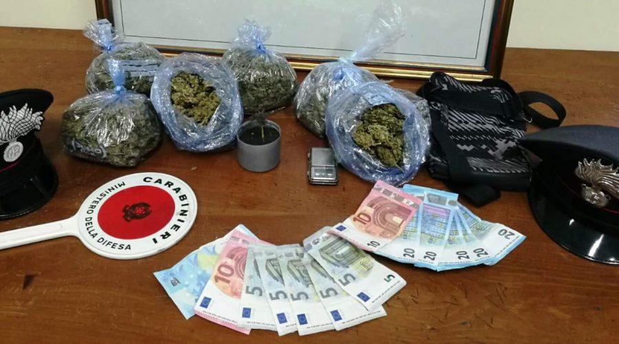 Riposto, colpo grosso dei Cc, sequestrati 600 grammi di marijuana: un arresto