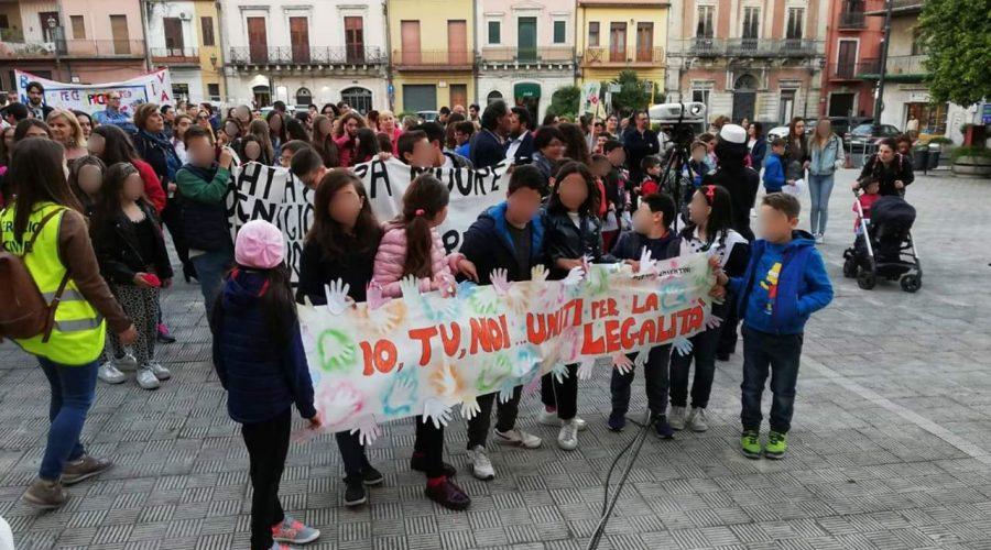 Santa Venerina: marcia, striscioni e video per celebrare l'anniversario della strage di Capaci