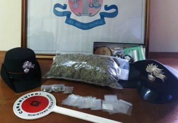 Giarre, operazione Scuole Sicure, studente giarrese a casa con 400 grammi di marijuana