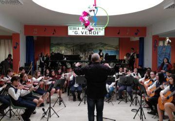 Successo per gli alunni-musicisti della scuola media Pirandello di Linguaglossa