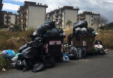 Giarre, via Liguria bomba ecologica incombe nell'indifferenza del Comune