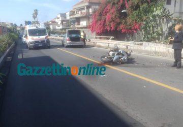 Aci Castello: scontro auto moto sulla statale 114