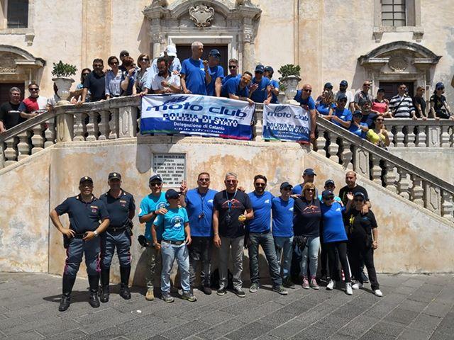 """Successo per il motogiro """"Il Regno delle due Sicilie"""" organizzato dal Motoclub Polizia di Stato"""