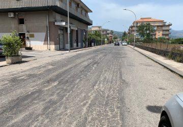 Giarre, al via la bitumazione di un tratto di corso Messina
