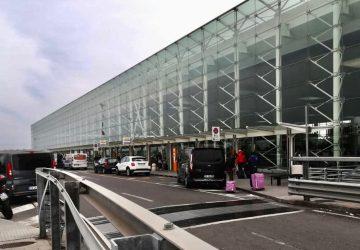 Controlli Covid Polizia di frontiera aeroporto