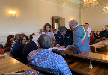 Riposto, gli ex 68 precari in forza al Comune hanno firmato il contratto a tempo indeterminato