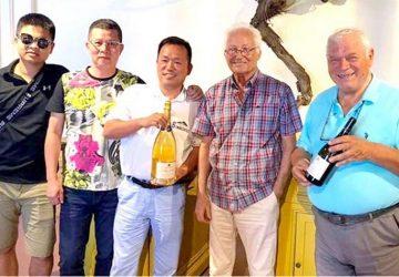 Cinesi alla scoperta dei vini del Vulcano con il Centro Studi Jonico-Etneo di Riposto