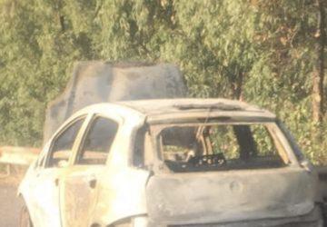 A18, a fuoco una Punto sulla corsia di emergenza. Lunghe file nei pressi di Giarre