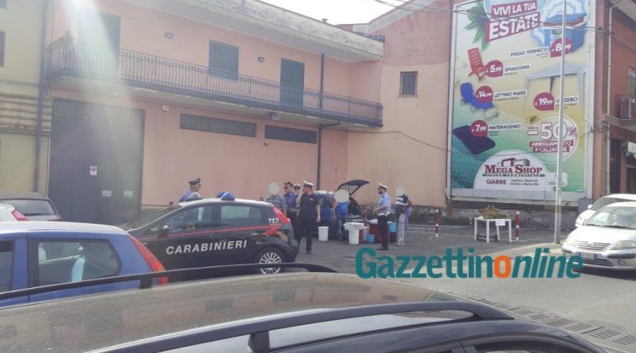 Giarre, nuova operazione congiunta di carabinieri e polizia locale contro l'ambulantato abusivo