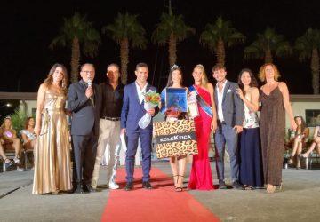"""Riposto, al porto turistico dell'Etna sono state elette Miss """"Lidi in passerella"""", Miss e mister """"Karomike"""""""