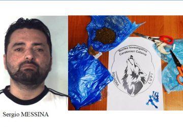 """Nascondeva in cucina """"crack"""" e """"erba"""": un arresto dei """"Lupi"""" a Catania"""