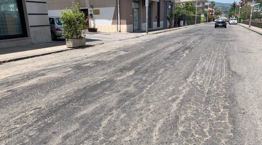 Giarre, la bitumazione di corso Messina slitta a lunedì. Interessato un tratto di circa 100 metri