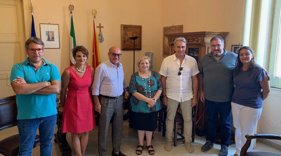 """Riposto, visita al Comune della Soprintendente Panvini: """"Utile la sinergia tra Enti"""""""