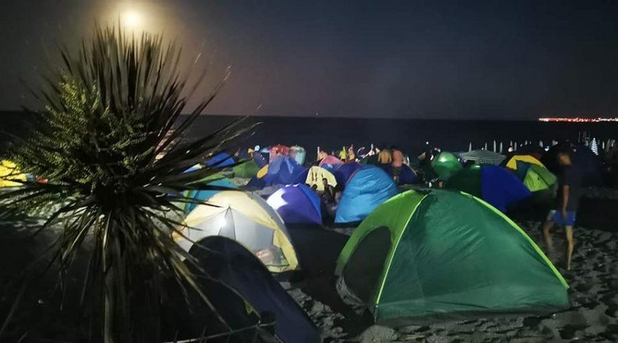 Ferragosto e accampamenti sul litorale Mascalese: per avere maggiori controlli FdI scrive al Prefetto
