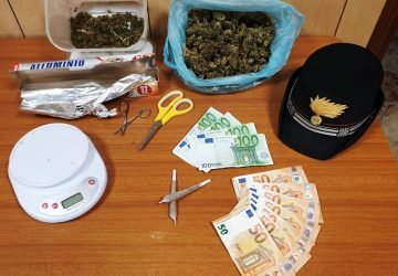 "Aci Sant'Antonio, arrestato meccanico che teneva la droga ""al fresco"""