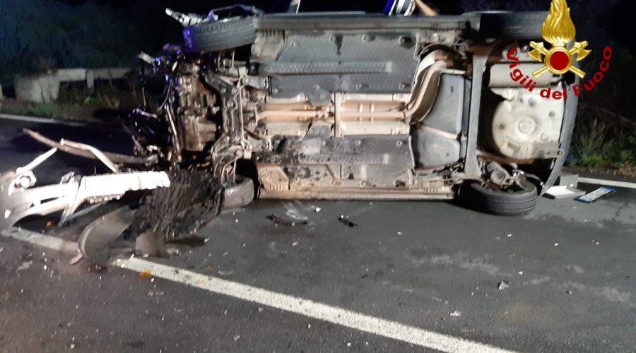 Drammatico incidente stradale a Motta S. Anastasia. Intervento dei Vigili del fuoco