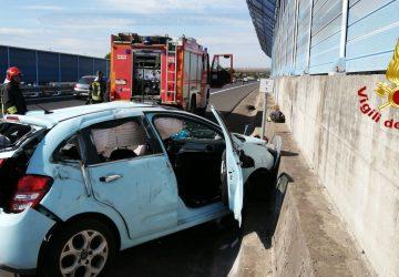 Tangenziale Catania, grave incidente autonomo. Intervento dei Vigili del fuoco