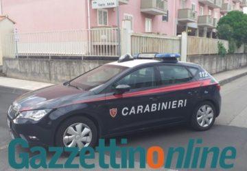 Giarre, blitz dei Cc in via Sciacca: fermati tre pregiudicati catanesi mentre rubavano i cavi della pubblica illuminazione