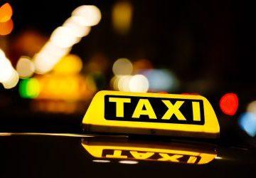 Aci Castello, tenta di rapinare un tassista: francese in manette