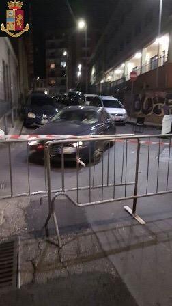 Catania, intervento della polizia: strada chiusa per una festa