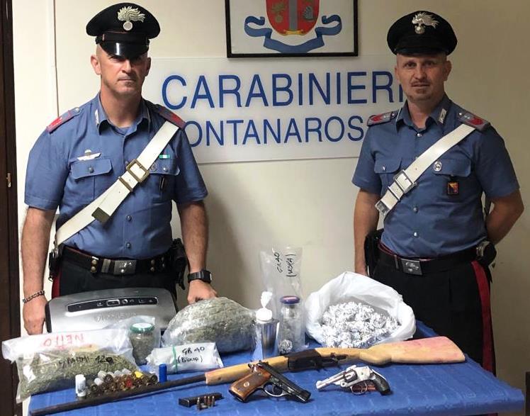 Catania, sequestro di armi e droga: due arresti