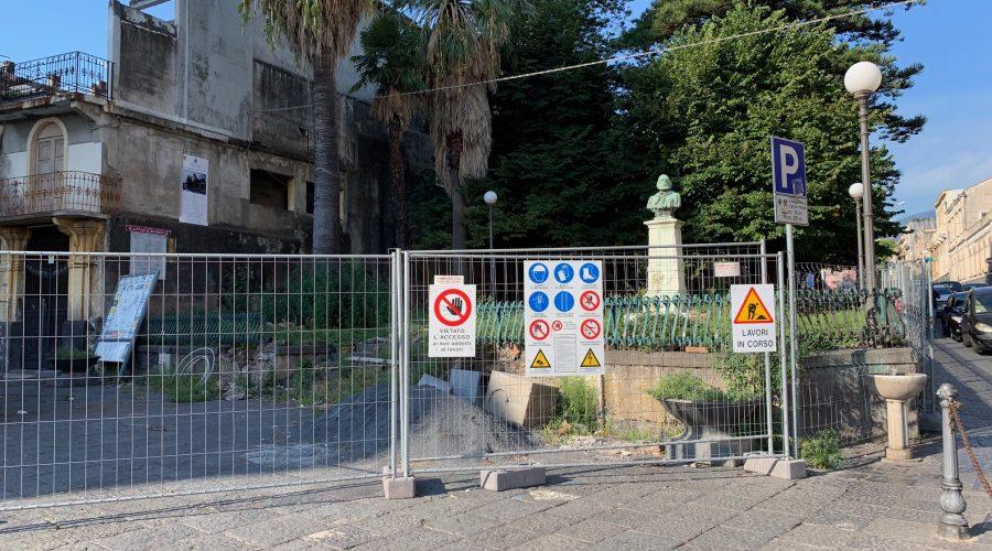 Giarre, il cantiere farsa di Villa Garibaldi. Da tre mesi fermo biologico