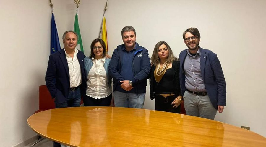 Linguaglossa, rimpasto in Giunta: Adriana Vitale e Cettina Cacciola nuovi assessori