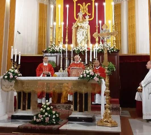 Giarre, la devozione a S. Pio illumina Macchia