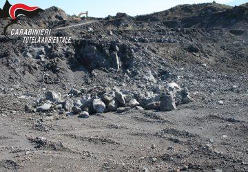 Bronte, carabinieri del Noe sequestrano cava abusiva di materiale basaltico - lavico
