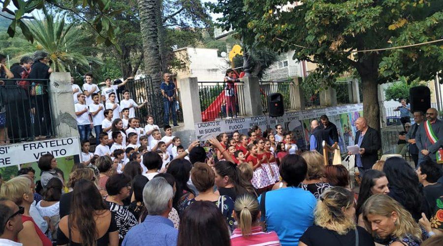 """Successo per """"Controesodo"""" del maestro Antonio Presti: tra l'Etna e l'Alcantara per ricucire i territori"""