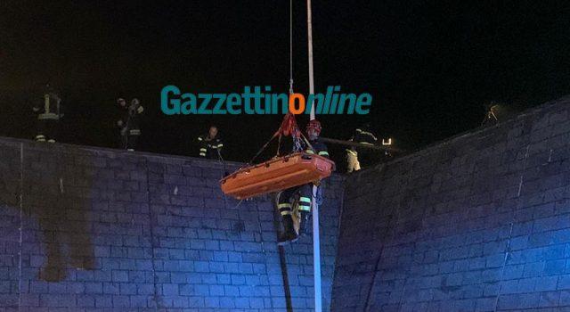 Precipita sugli scogli al porto di Riposto: ferito 63enne FOTO VIDEO