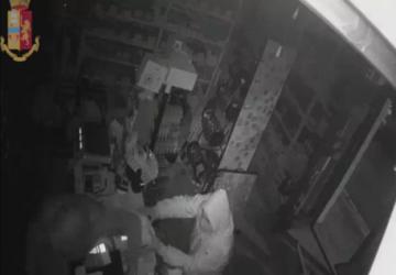 Catania, ladro seriale incastrato da impronte digitali