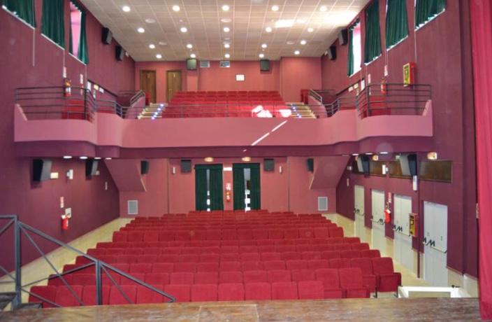 Calatabiano, finanziato l'adeguamento tecnologico del cine teatro comunale