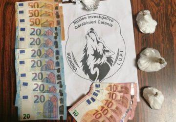 """Catania, spacciatori finiti nella rete dei """"Lupi"""": arrestati due fratelli nel quartiere """"Zia Lisa"""""""