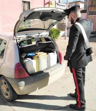 Ramacca, usava i pullman come rifornimento di carburante a costo zero: arrestato