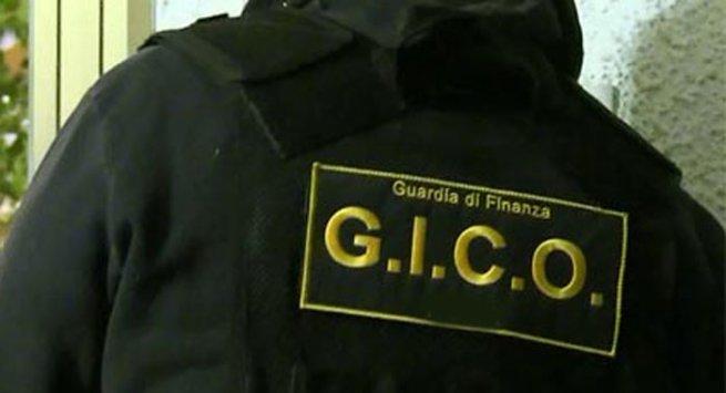 Catania, colpo grosso del Gico: fermato corriere con 41 chili di erba