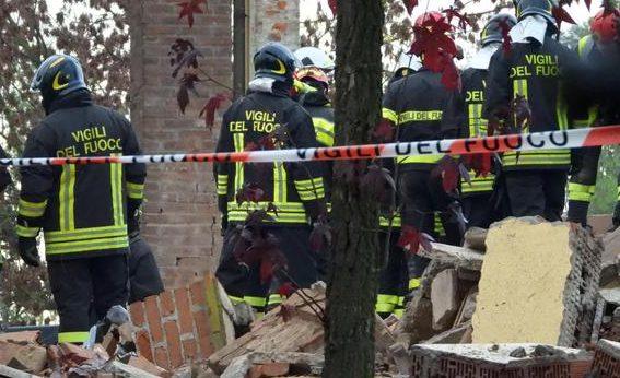 Esplosione in provincia di Alessandria, morti tre Vigili del fuoco. Tra i feriti un pompiere catanese