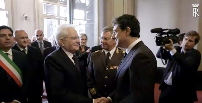 Il Presidente Mattarella a Catania: medaglia al merito ai vigili del fuoco e visita all'ospedale San Marco VIDEO