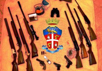 """Catania, blitz dei """"Lupi"""": scoperto arsenale. Arrestato il custode delle armi VIDEO"""