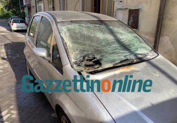 Giarre, ordigno su auto in via Segesta, nel rione Satellite