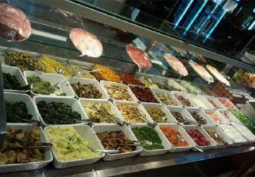 """Catania, il pizzo ai """"camion dei panini"""": manette per cinque"""