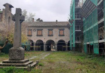 Bronte, il Comune diffida l'impresa affiché riprenda i lavori al castello Nelson