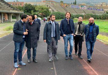 """Giarre, sopralluogo nello stadio di atletica. L'assessore regionale allo Sport Messina: """"Occorre con urgenza la progettualità"""" VIDEO INTERVISTA"""