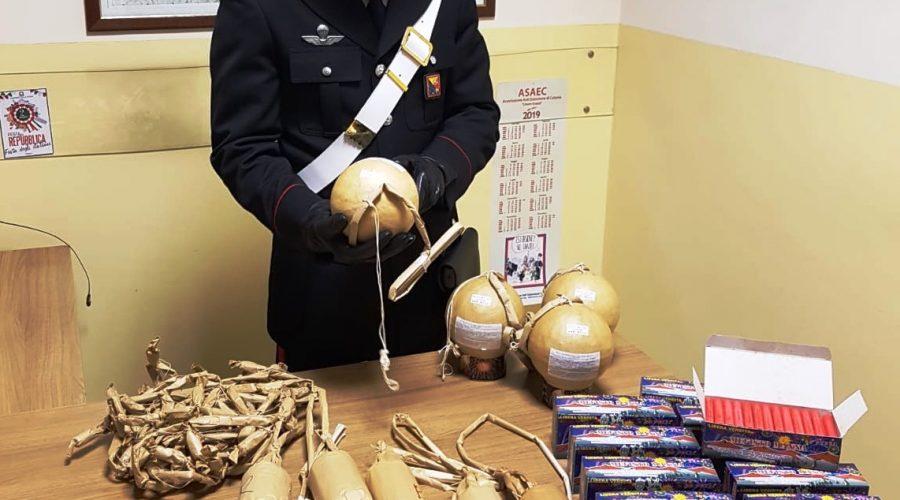 Zafferana, primo sequestro di botti illegali (decine di fuochi pirotecnici vietati destinati allo smercio). Denunciato un 30enne