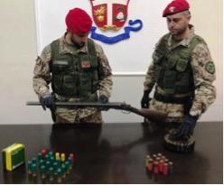 Belpasso, nascondeva nel casolare un'arma clandestina e delle munizioni: arrestato