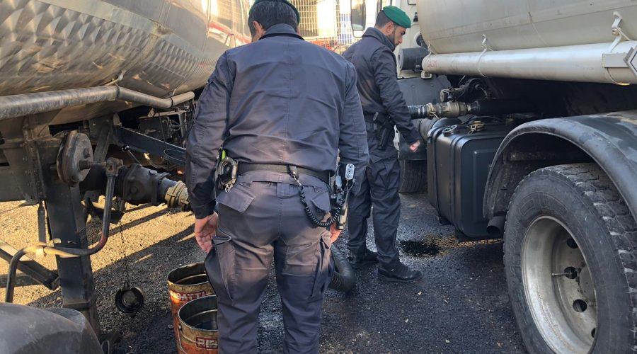 Catania, sequestrati 30 mila litri di gasolio destinati a imprenditore acese: 4 arresti VIDEO