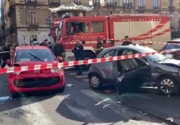 Tragedia sfiorata a Catania: auto sbanda e travolge passeggino con un bimbo