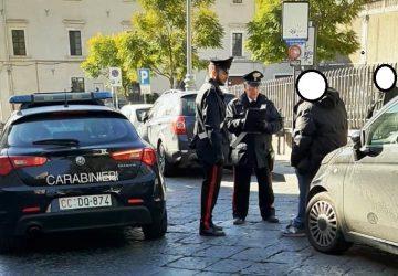 Catania, pretendeva i soldi del parcheggio da una giovane studentessa: denunciato parcheggiatore abusivo
