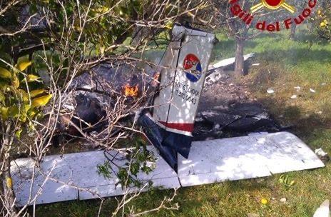 Lentini, precipita un piccolo velivolo: due morti